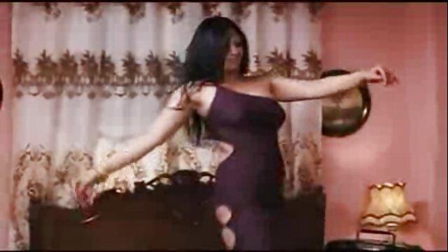 Écolière chienne film porno maghrébin